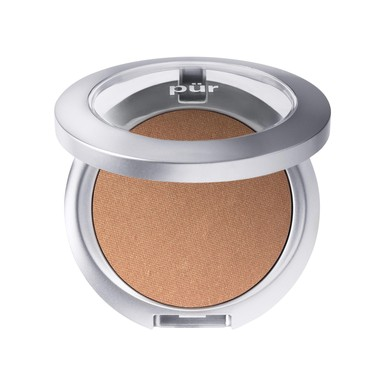 Want a natural radiant glow? This vegan bronzer from PÜR leaves a golden sun-kissed look!