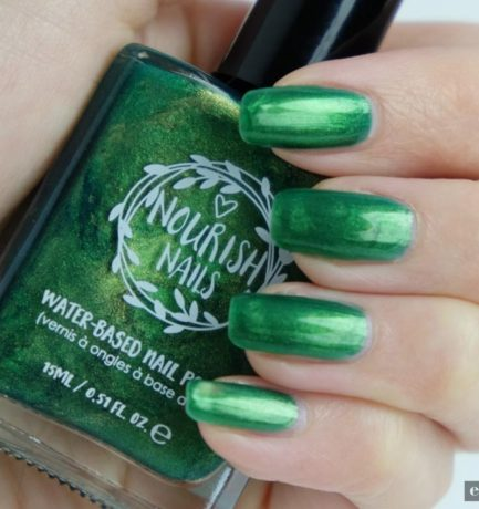 'Stay Real' this Christmas with Nourish Nails | Vegan Mani Monday
