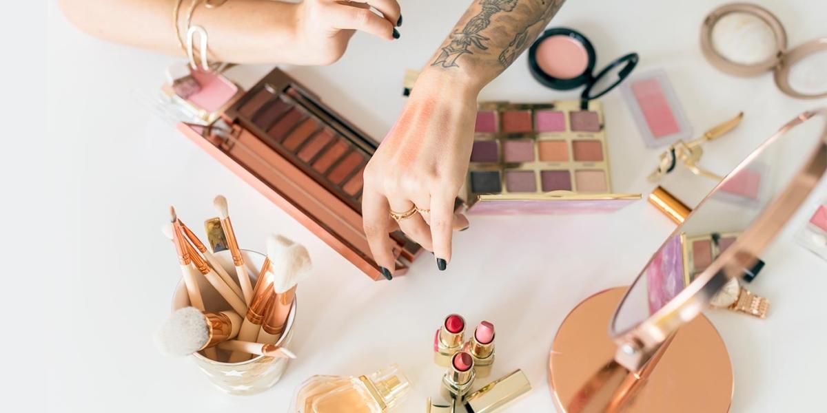 Complete List of 100% Vegan Makeup & Skincare Brands