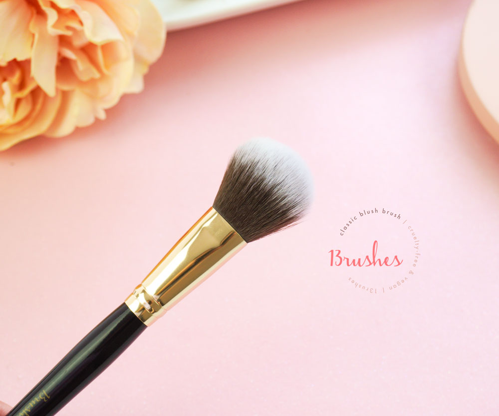 Classic Blush Brush - 13rushes Review