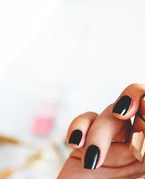 Vegan Refillable Lipsticks | Low-Waste + Sustainable Makeup