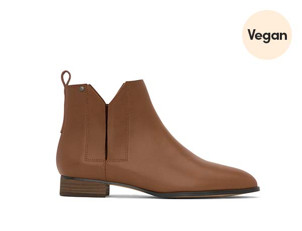 Flat Chelsea Ankle Boot 'Newman'