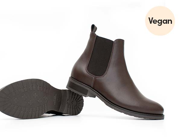 Luxe Smart Vegan Chelsea Boots