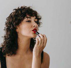 vegan-refillable-lipstick-2021